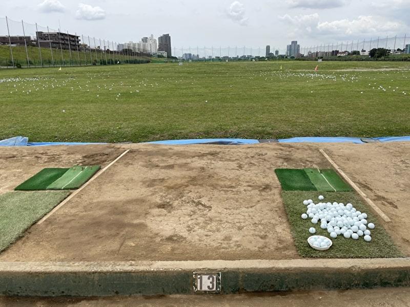 東京多摩川ゴルフ練習場 打席