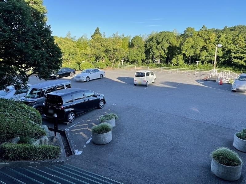 東京湾カントリークラブ 駐車場