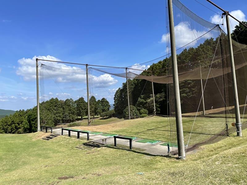 上総富士ゴルフクラブ 練習場 ドライビングレンジ