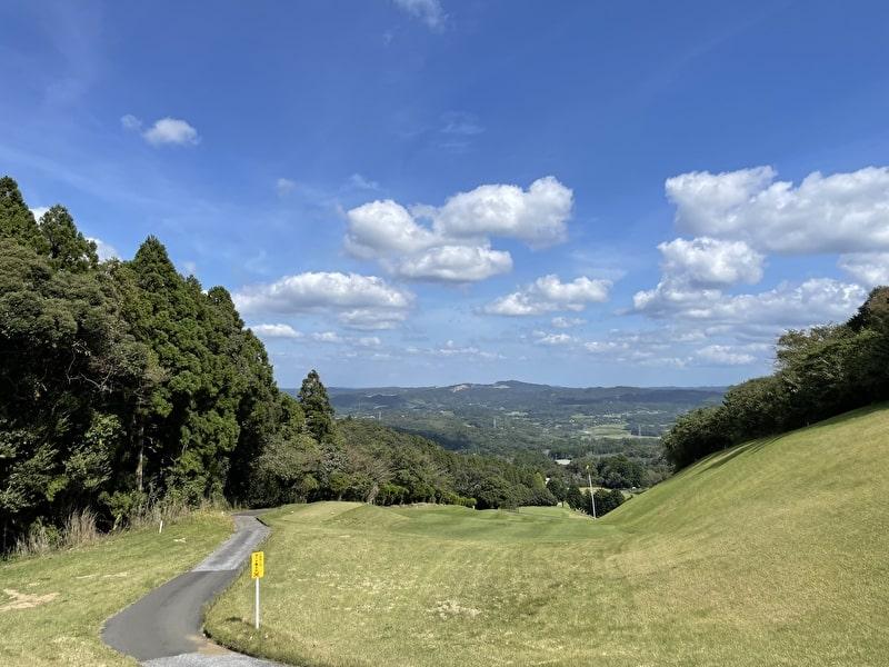 上総富士ゴルフクラブ 打ち下ろしホール多い 絶景